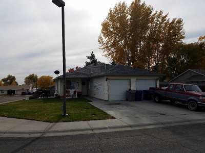 Mountain Home Multi Family Home For Sale: 1175 E 19th N