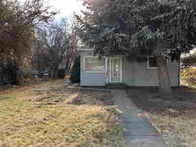 Middleton Single Family Home New: 8 E Main St.