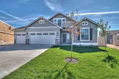 Star Single Family Home For Sale: 11815 W Pavo Ct.