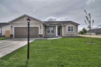 Kuna Single Family Home For Sale: 8630 S Baratheon Ave.