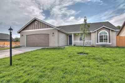 Kuna Single Family Home For Sale: 8608 S Baratheon Ave.