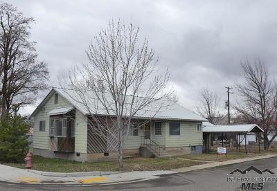 Council Single Family Home For Sale: 104 Fairfield