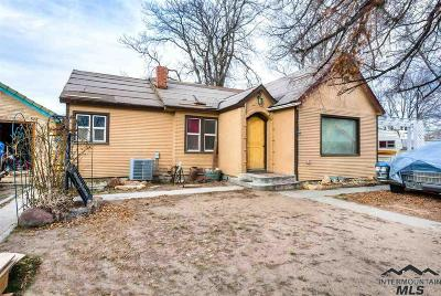 Owyhee County Single Family Home For Sale: 14 S 1st St