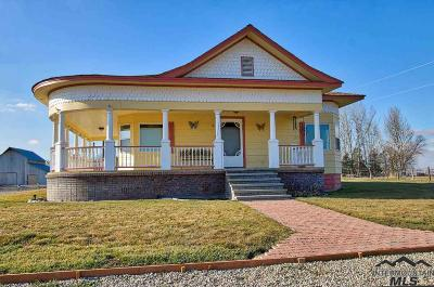 Payette Farm & Ranch New: 8687 Washoe Rd.