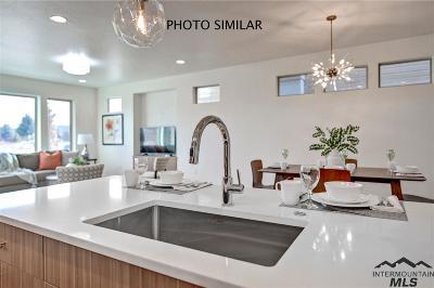 Eagle Single Family Home For Sale: 1455 E Jade Creek Avenue