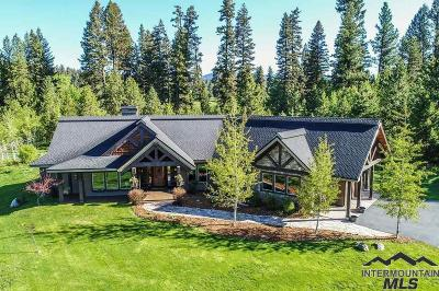 Mccall Single Family Home For Sale: 364 Whitetail Dr