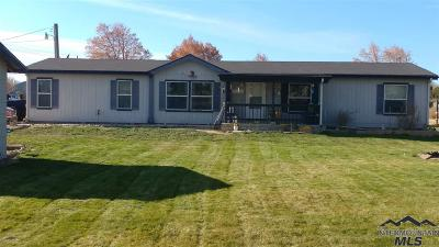 Caldwell Single Family Home For Sale: 3907 Homedale Rd