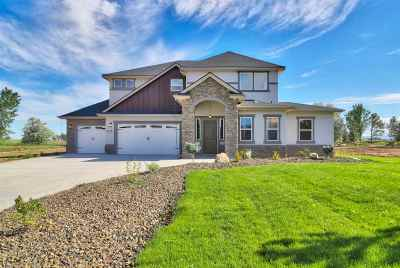 Nampa, Caldwell, Middleton Single Family Home For Sale: 5275 E Feather Creek