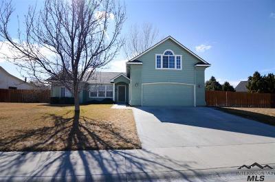 Nampa Single Family Home Contingent Sale: 4025 E Iris Ct