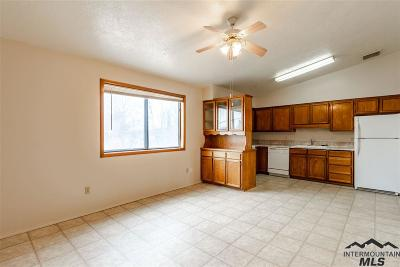 Nampa Condo/Townhouse Price Change: 1711 S 1st St #9