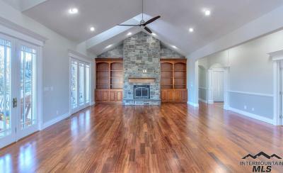 Boise, Eagle, Meridian, Middleton, Nampa, Star, Mountain Home Single Family Home For Sale: 3728 E Vantage Pointe