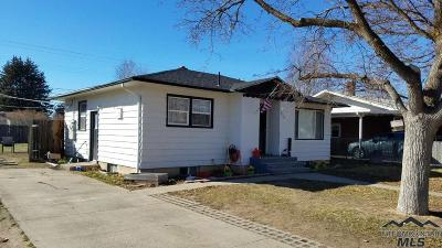Mountain Home Single Family Home For Sale: 825 N 9th E