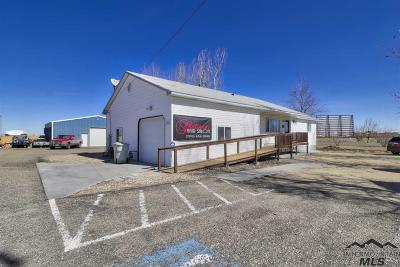Caldwell Commercial For Sale: 3521 E Ustick Rd
