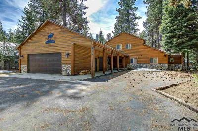 Mccall Single Family Home For Sale: 924 Conifer Ln