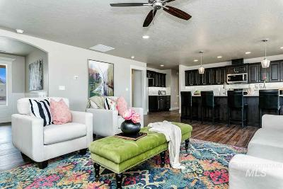 Nampa Single Family Home For Sale: 4155 Whistling Heights Way