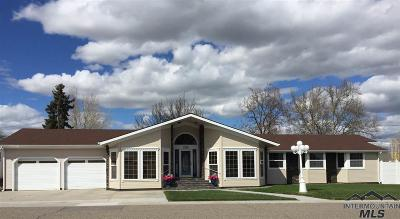 Ontario Single Family Home For Sale: 1455 Crest Way