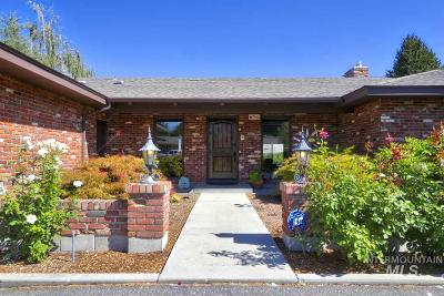 Single Family Home For Sale: 3602 W. Hillcrest Dr.