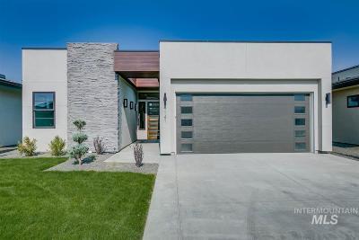 Eagle Single Family Home For Sale: 727 E Brooktrail Lane