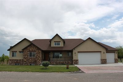 Bliss, Kimberly, Gooding, Hagerman, Jerome, Twin Falls, Filer, Wendell Single Family Home For Sale: 187 W 30 S
