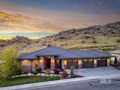 Boise Single Family Home For Sale: 2888 E Windsong Drive