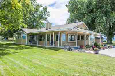 Single Family Home For Sale: 2318 Pioneer Rd