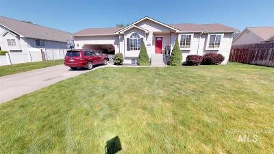 Lewiston Single Family Home For Sale: 3715 11th St C