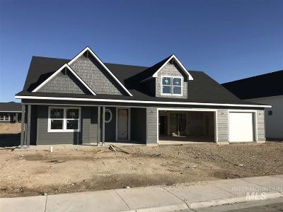 Middleton Single Family Home For Sale: 418 Fox Lantern