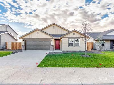 Nampa Single Family Home For Sale: N Bonelli Ave.