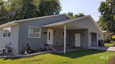 Lewiston Single Family Home For Sale: 1422 Cedar Avenue
