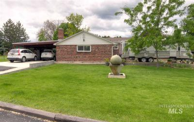 Nampa Single Family Home For Sale: 519 E Locust Ln