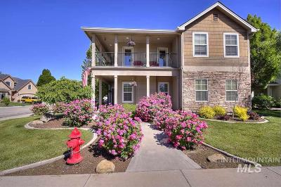 Meridian Single Family Home For Sale: 220 E Ryegate Dr