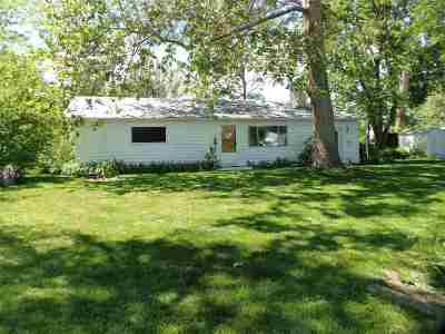 Owyhee County Single Family Home For Sale: 330 Rex Drive (Kathleen)