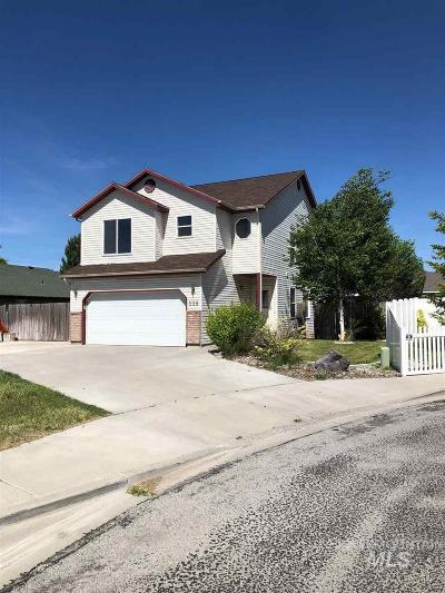 Twin Falls Single Family Home For Sale: 228 Carriage Lane