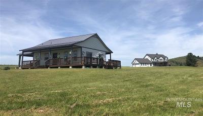 Grangeville Single Family Home For Sale: 192 Golden Acers Dr