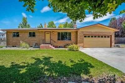 Boise Single Family Home For Sale: 2830 S Five Mile Rd