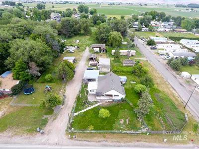Owyhee County Single Family Home For Sale: 531 W Idaho Ave