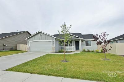Kuna Single Family Home For Sale: 8943 S Royal Gala Ave.