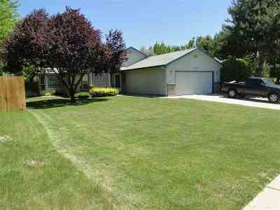 Single Family Home For Sale: 5602 S Indigo Place