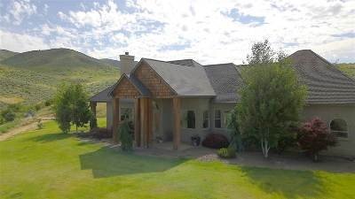 Single Family Home For Sale: 97 Rolling Hills