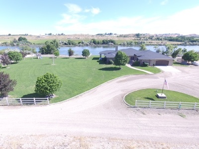 Owyhee County Single Family Home For Sale: 4100 Browns Ln