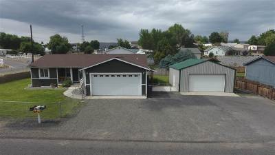Single Family Home For Sale: 830 18th Ave