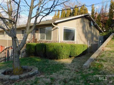 Lewiston Condo/Townhouse For Sale: 555 13th