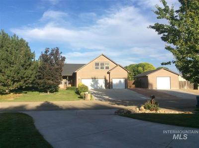 Nampa Single Family Home For Sale: 24 S Rolling Green