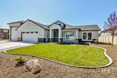Nampa Single Family Home For Sale: 56 S Dudley Ln