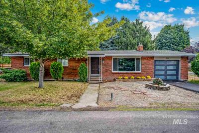 Boise Single Family Home For Sale: 1818 N Ancestor Ave