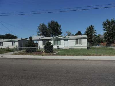 Garden City Multi Family Home For Sale: 418 51st And 420