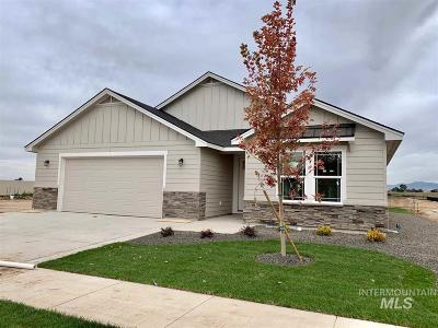 Kuna Single Family Home For Sale: 464 E Pascua Dr.