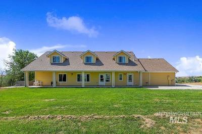 Parma Single Family Home For Sale: 3752 3rd Lane E