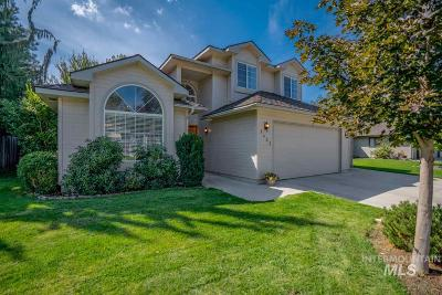 Boise Single Family Home For Sale: 1425 E Regatta St