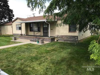 Nampa Single Family Home New: 124 E Lincoln